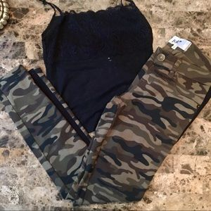 Jolt Camouflage Leggings